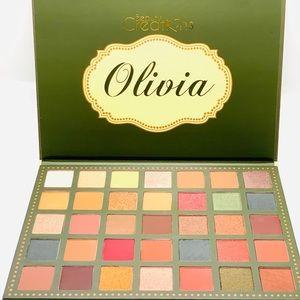 Olivia 35 Color Eyeshadow Palette